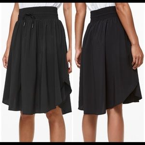 Lululemon everyday knee length skirt